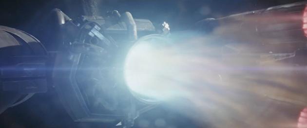 Booster sur le X-Wing de Poe