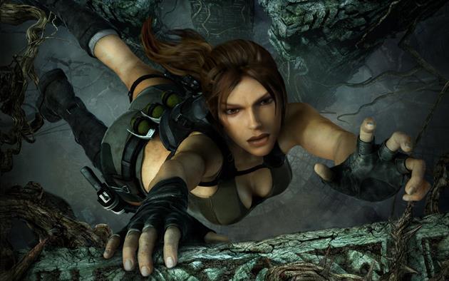 Lara Croft et ses attributs féminins