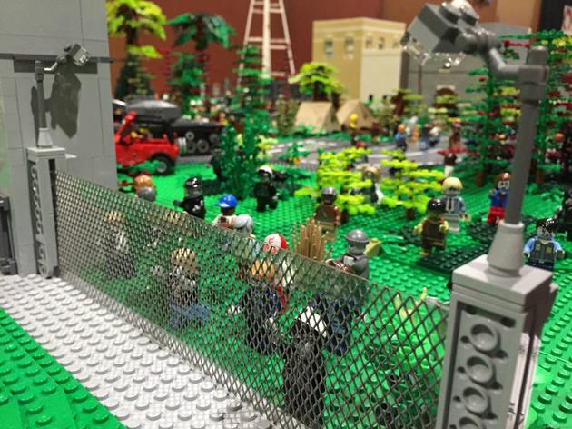Les zombies aux grilles de la prison