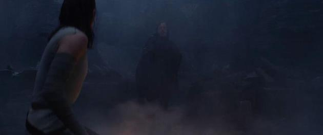 Rey face à Luke