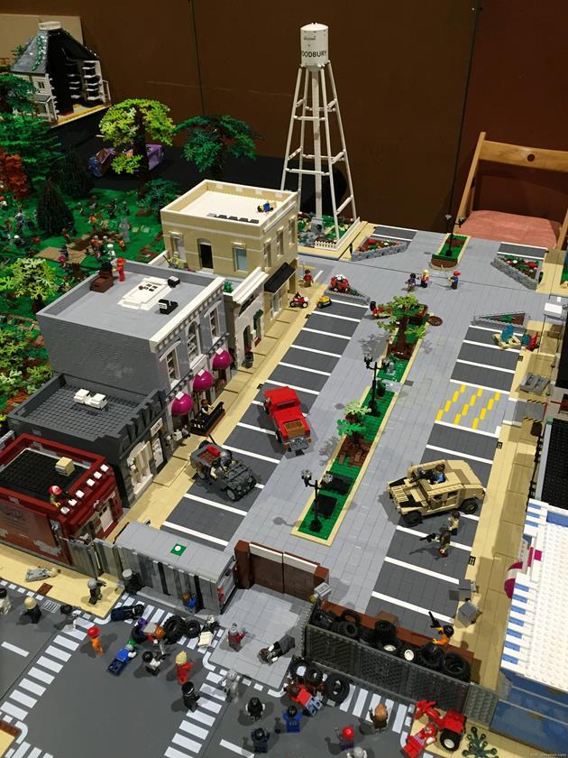 Vue aérienne de la ville du gouverneur en LEGO