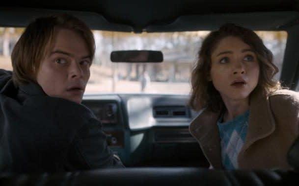 Jonathan et Nancy surpris en voiture