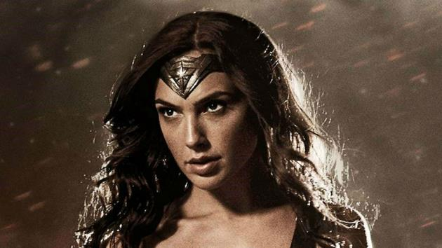Gal Gadot partage une photo de la nouvelle Wonder Woman alors que le tournage commence : Wonder Woman est-elle une Jedi ?
