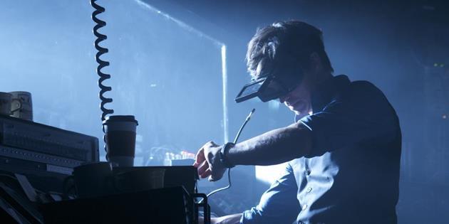 Découvrez le trailer de Synchronicity, un voyage spatio-temporel dans le cinéma indépendant : Quand Dark City voyage dans le temps