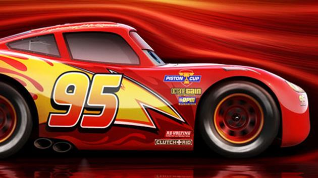 cars 3 le trailer du film suite des aventures de flash mcqueen actualit scifi universe. Black Bedroom Furniture Sets. Home Design Ideas