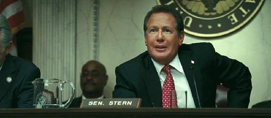 Le sénateur Stern revient