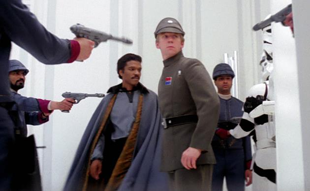 Jeremy Bulloch en officier impérial