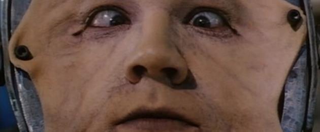 Critique du Film : Brain dead Sanglante paranoia