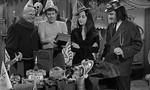 La Famille Addams 1x15 ● Les Addams s'encanaillent
