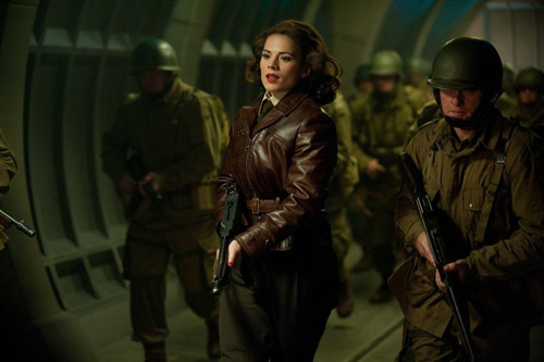Hayley Atwell en action