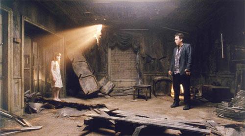 Critique chambre 1408 film par nicolas l scifi universe - Chambre 1408 film complet ...