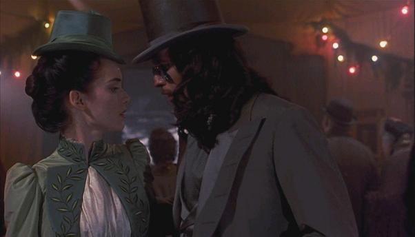 Dracula: Mina Murray (Winona Ryder) et Dracula (Gary Oldman)