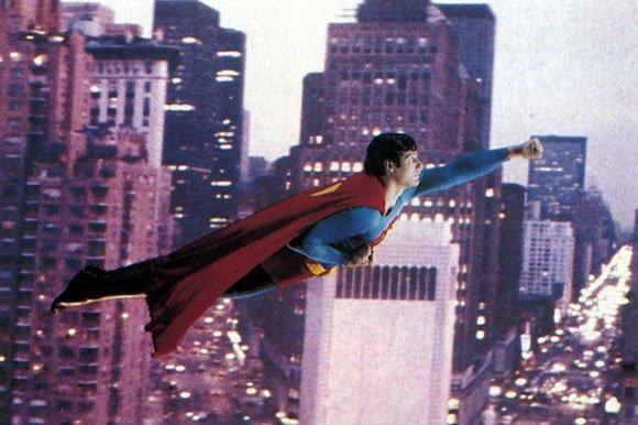 2006 l 39 ann e superman actualit scifi universe - Signe de superman ...