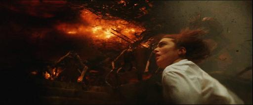 Constantine: Angela Dodson (Rachel Weisz) en enfer