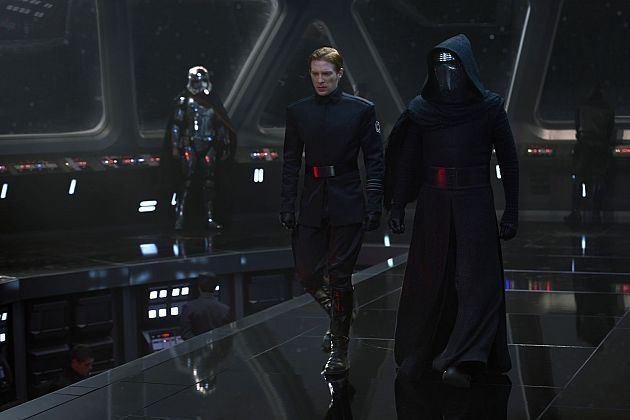Les nouveaux méchants : Général Hux et Kylo Ren