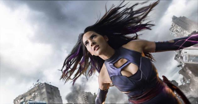 Une héroïne en train de déclencher ses pouvoirs