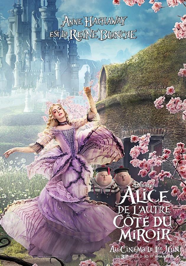 2ème Affiche Anne Hathaway est La Reine Blanche