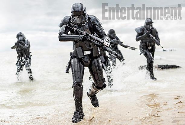 Des troupes de chocs (sniper) en train de débarquer de la mer