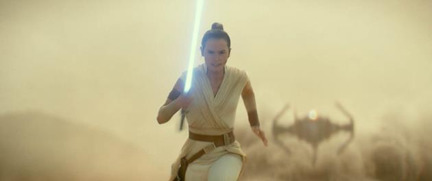 Rey contre un TIE Fighter