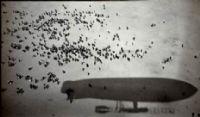 A la conquête de l'air : The Twenty Century Tramp [1902]