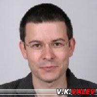 V. K. Valev  Auteur