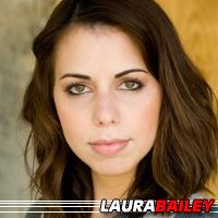 Laura Bailey  Doubleuse (voix)