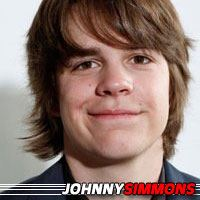 Johnny Simmons  Acteur