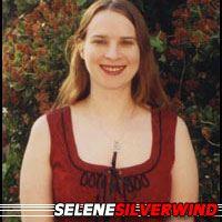 Selene Silverwind  Auteure