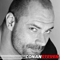 Conan Stevens  Acteur