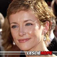Leslie Hope  Actrice