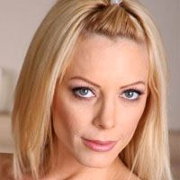 Holly Sampson  Actrice