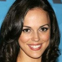 Erin Cahill  Actrice