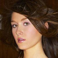 Jewel Staite  Actrice