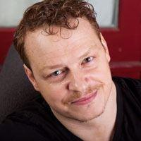 Aaron Hughes  Acteur