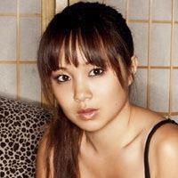 Yumi Yoshiyuki  Actrice