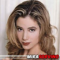 Mira Sorvino  Productrice, Actrice