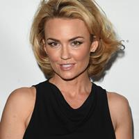 Kelly Carlson  Actrice