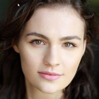 Sophie Skelton  Actrice