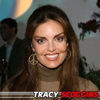 Tracy Scoggins  Actrice