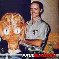 Paul Blaisdell  Superviseur des Effets Spéciaux, Make-up / Puppeteer, Acteur