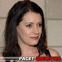 Paget Brewster  Actrice, Doubleuse (voix)