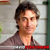 David Strathairn
