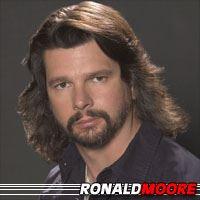 Ronald D. Moore  Producteur, Producteur exécutif, Scénariste